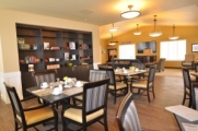 dining room decor at Brightwater Senior Living of Highland