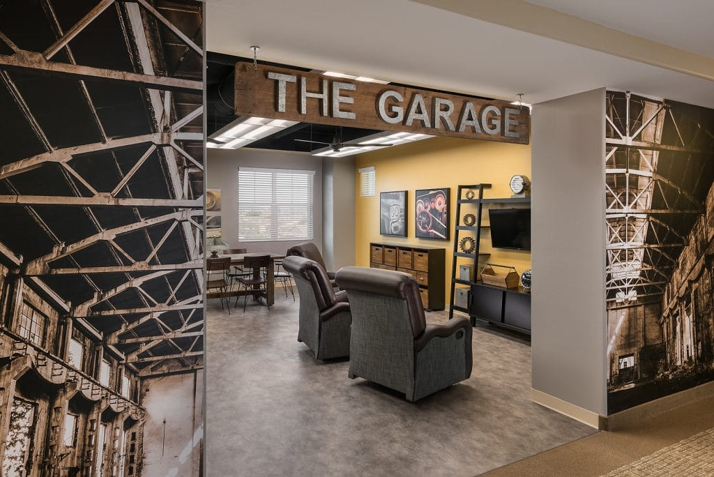 The Garage man-cave at The Summit at Sunland Springs
