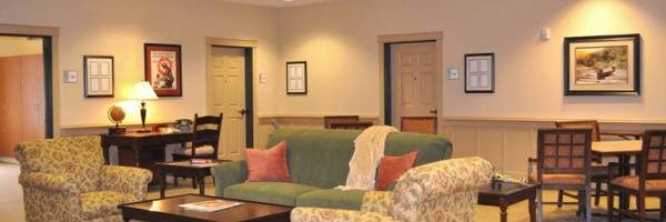 Common room area at Arbor Village