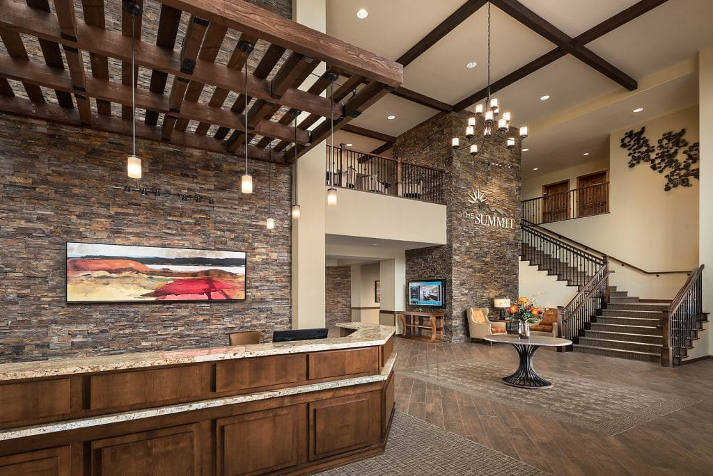 The lobby or entrance way at The Summit at Sunland Springs senior living